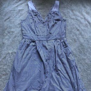 Banana Republic Stripped Sleeveless Dress-Size 4